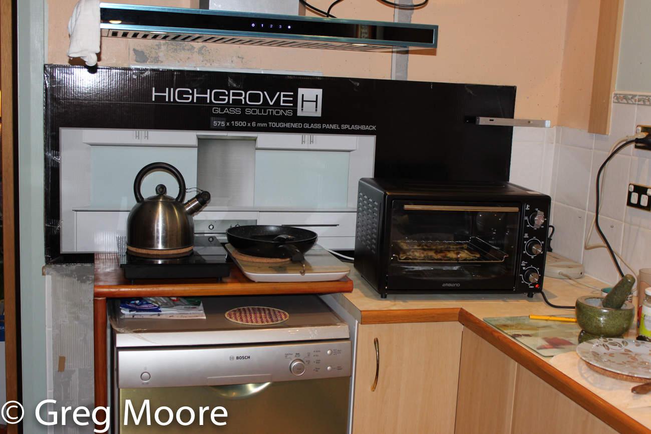 Cooktop over dishwasher 1